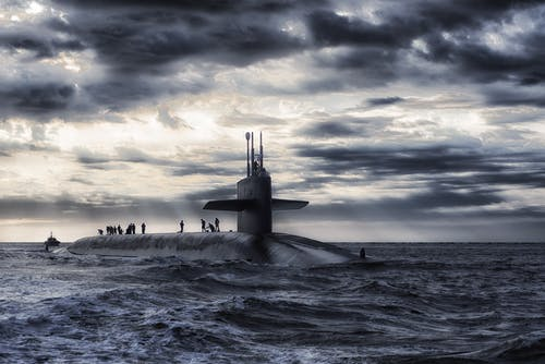 Základová fotografie zdarma na téma armáda, jednobarevný, lidé, loď