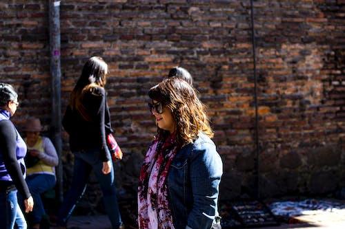 bogota, Kadın, Kent, kent hayatı içeren Ücretsiz stok fotoğraf