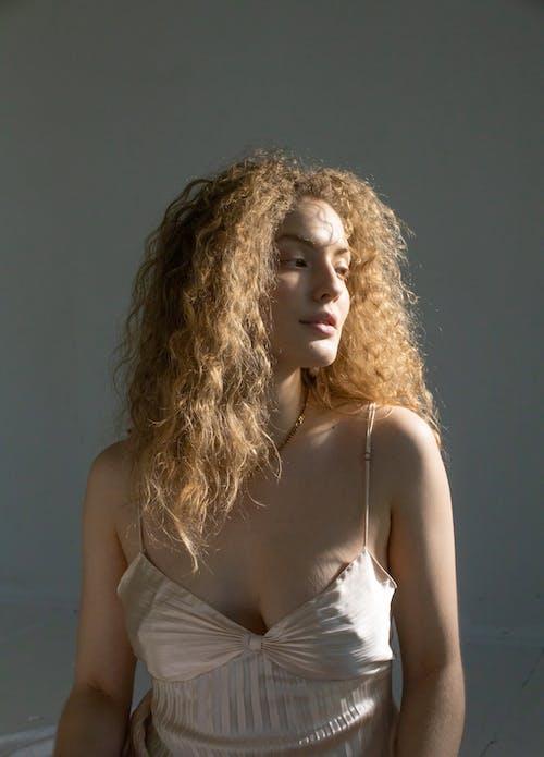 Gratis lagerfoto af afslapning, alene, blond