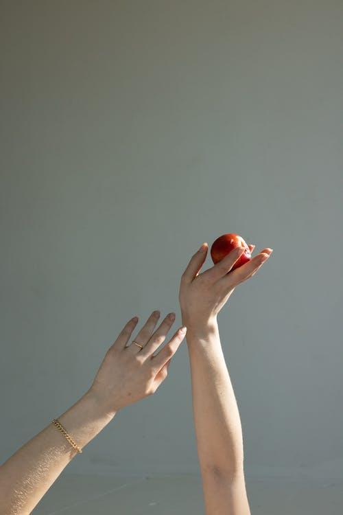 abur cubur, anonim, apple içeren Ücretsiz stok fotoğraf