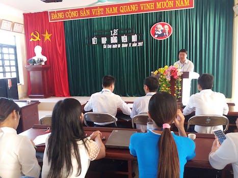 Chi bộ trường THPT Chà Cang tổ chức kết nạp Đảng viên mới