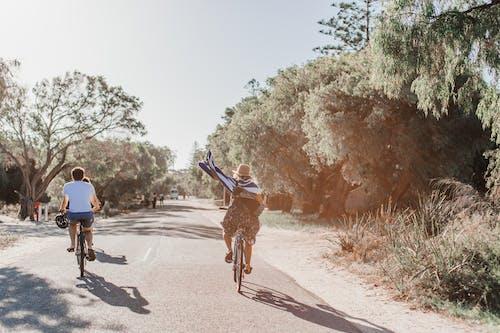 Бесплатное стоковое фото с асфальт, бетонное покрытие, Велосипеды