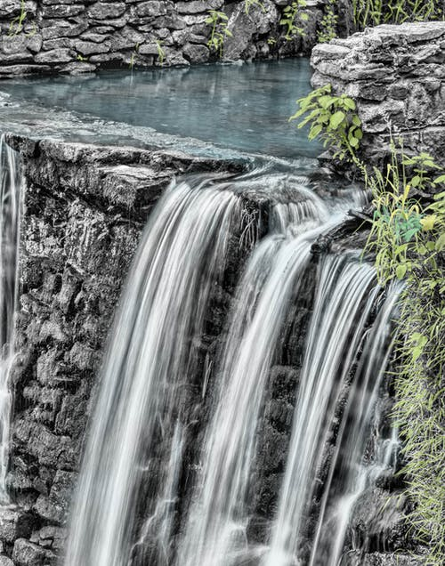 Ilmainen kuvapankkikuva tunnisteilla kivikkoinen, luonto, ruoho, vesi