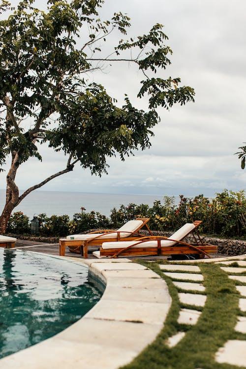 Безкоштовне стокове фото на тему «відпочинок, вода, готель»