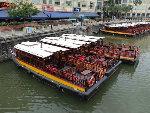 Free stock photo of boats, jumbo seafood, shops