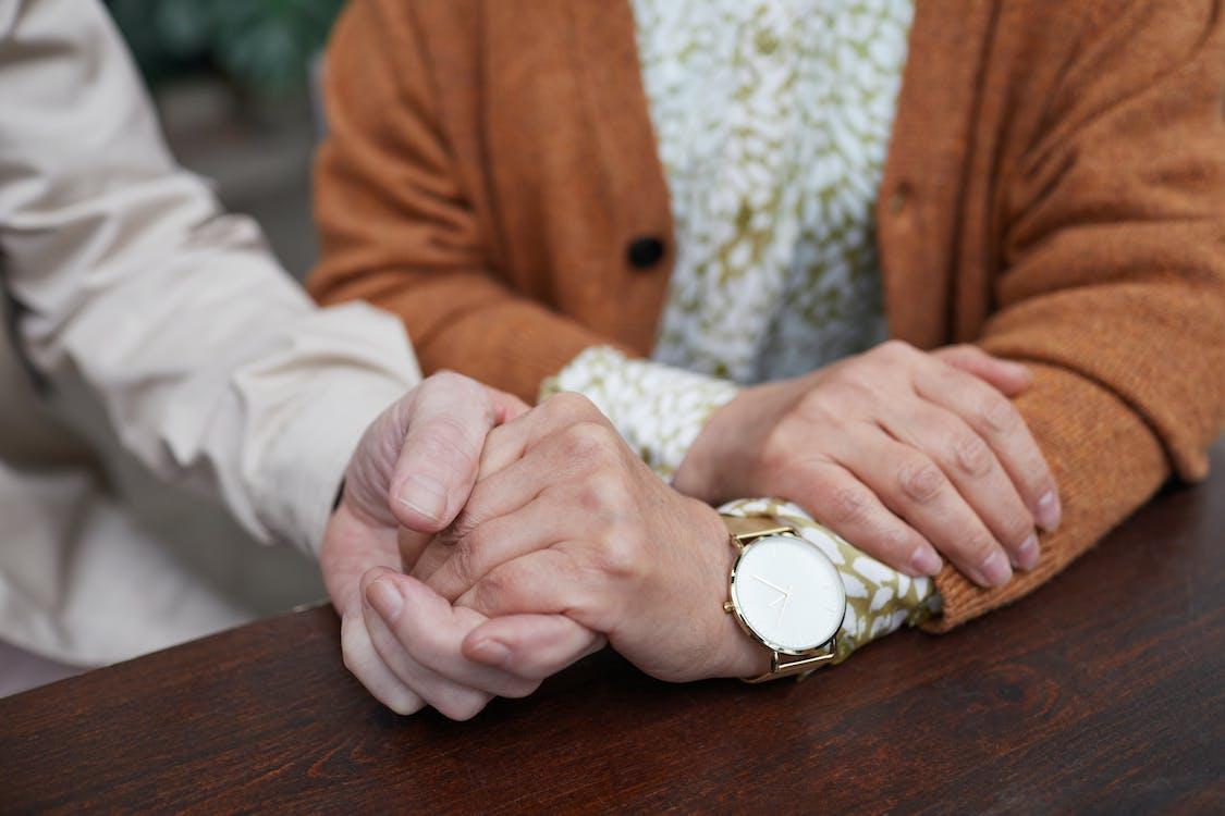 Δωρεάν στοκ φωτογραφιών με αγάπη, αγαπητό ζευγάρι, άγγιγμα