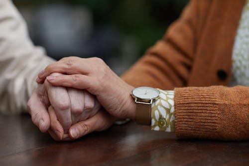 Gratis stockfoto met aanraken, affectie, afspraakje