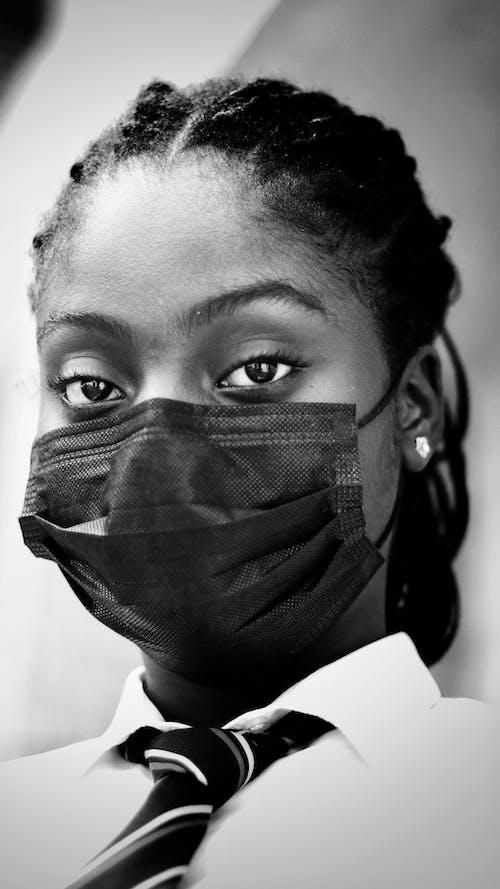 Gratis stockfoto met Afro-Amerikaanse vrouw, alleen, anoniem