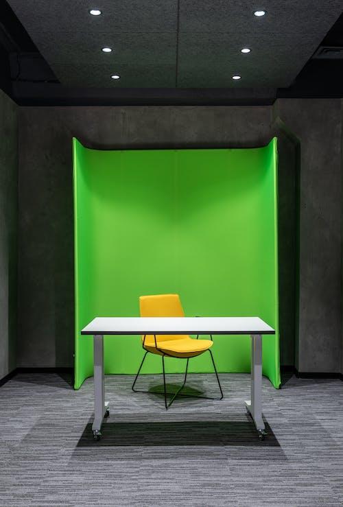 Fotos de stock gratuitas de amarillo, amoblar, asiento