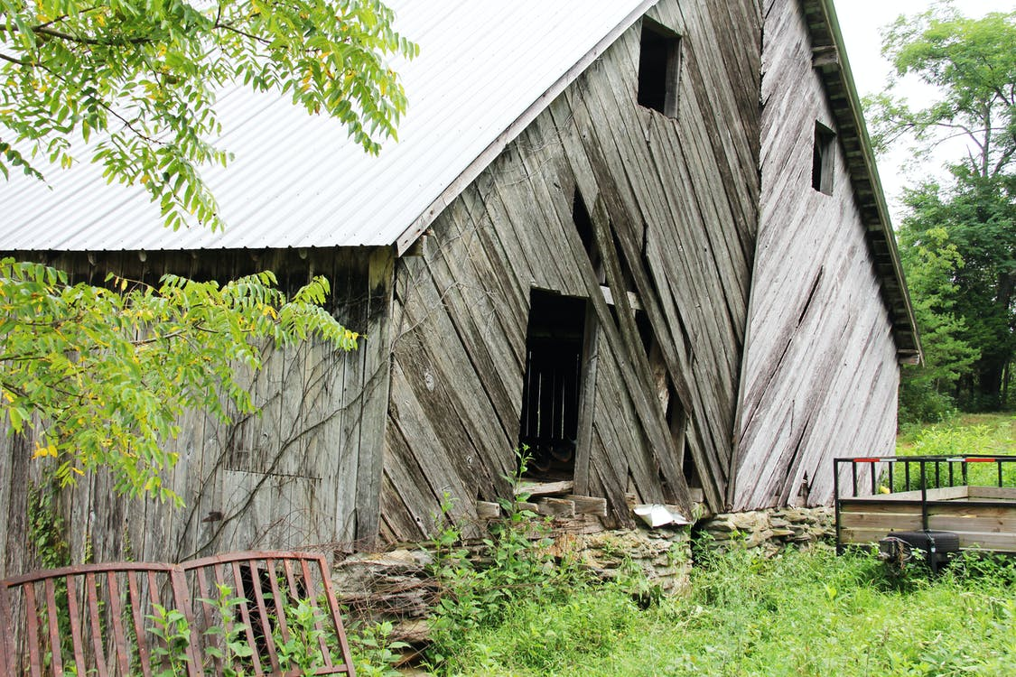 Free stock photo of barn, boards, crooked
