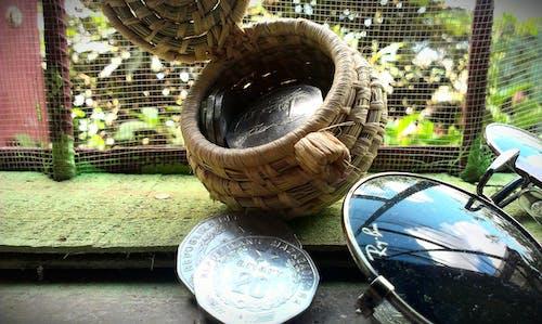 Kostenloses Stock Foto zu münzen, sonnenbrille