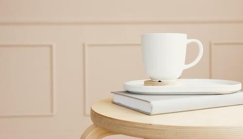Kostnadsfri bild av bakgrund, behållare, bord
