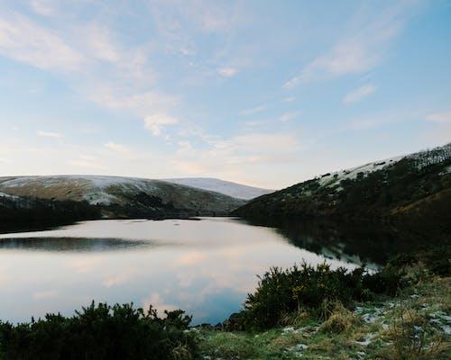 Kostnadsfri bild av berg, falla, flod