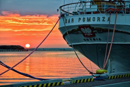 Foto stok gratis kapal, laut, matahari terbit, Polandia