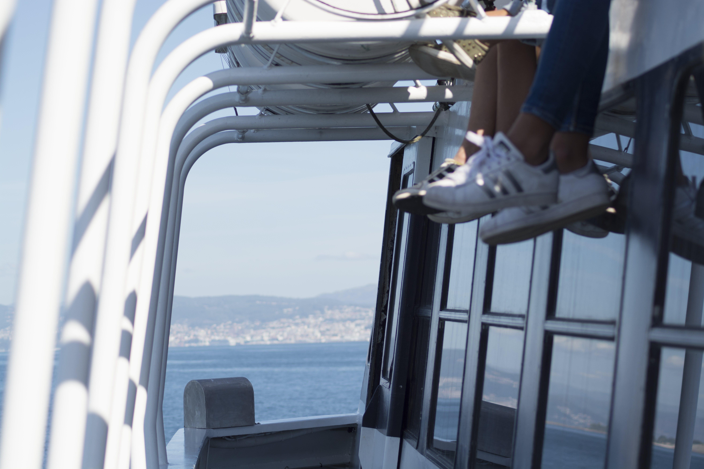 Free stock photo of boat, feet, hang over, sea