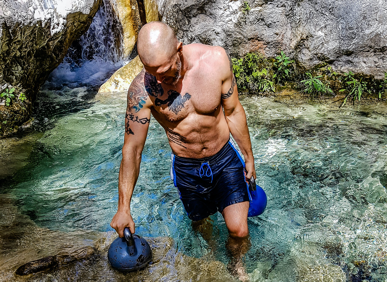 Free stock photo of cavemantraining, kettlebell, kettlebell trainer, kettlebells
