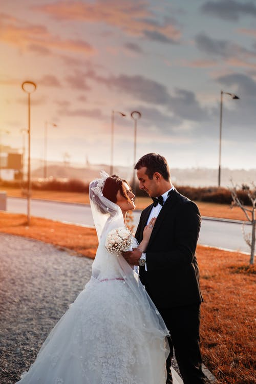 Foto profissional grátis de afeição, amor, ao ar livre
