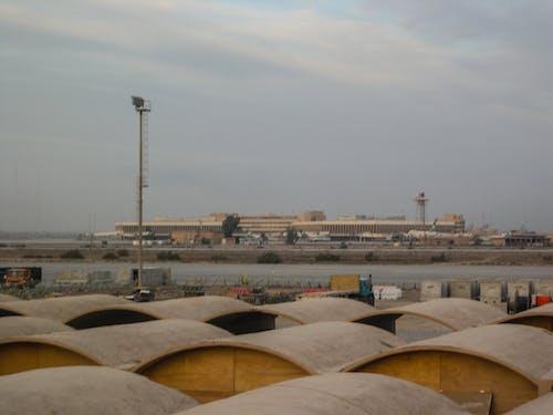 Kostenloses Stock Foto zu bahrain internationaler flughafen, flughafen, himmel, militär