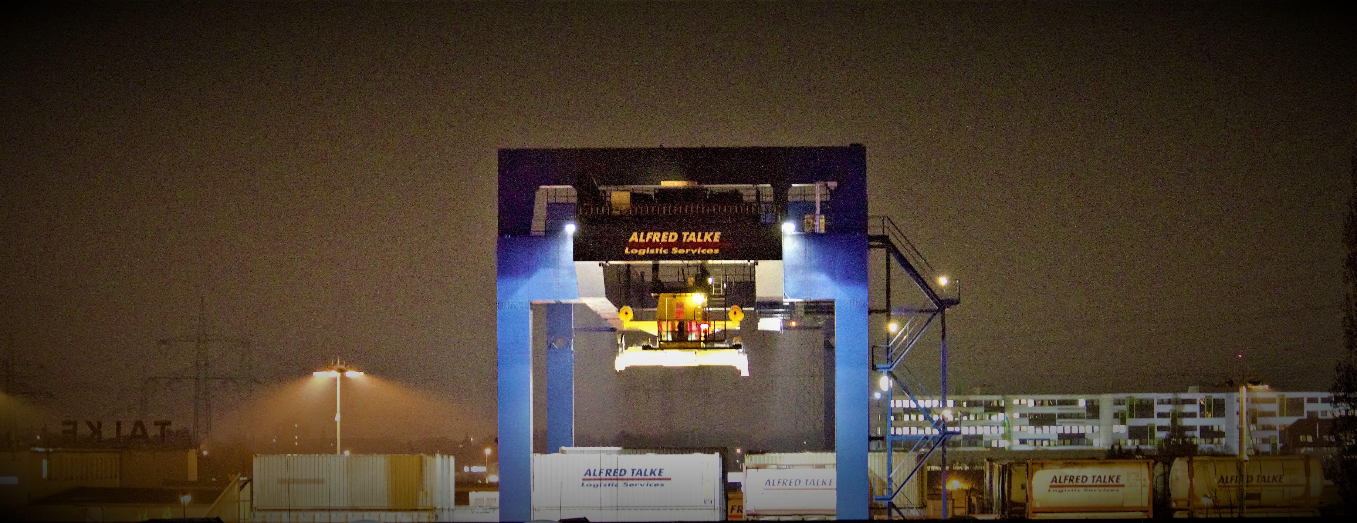 Free stock photo of lifting crane