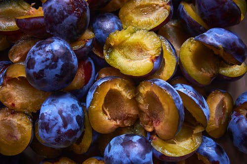 Yellow and Brown Fruit Lot