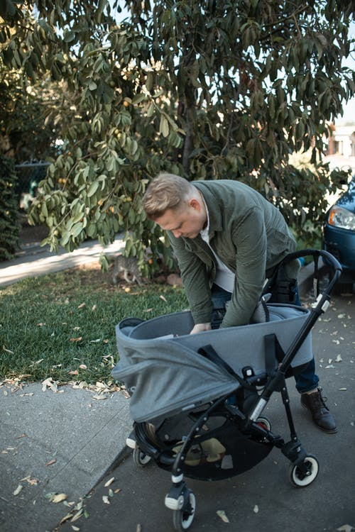 Kostenloses Stock Foto zu baby, bucht kinderwagen, elternteil