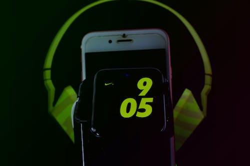Free stock photo of apple, headphone, iphone