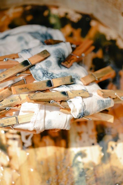 Бесплатное стоковое фото с белый, белье, вертикальный