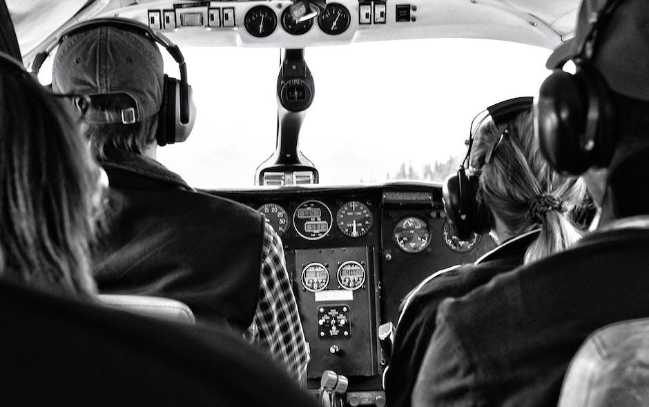 Four Person Riding Aircraft