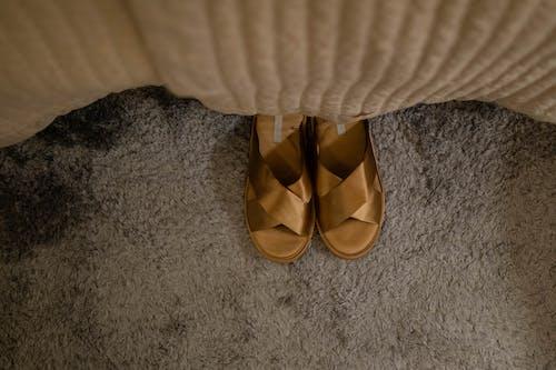 Ingyenes stockfotó cipő, közelkép, lábviselet témában