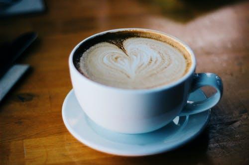 卡布奇諾, 咖啡, 喝, 心 的 免费素材照片