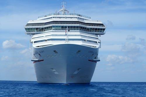 100 Stunning Ship Photos Pexels Free Stock Photos
