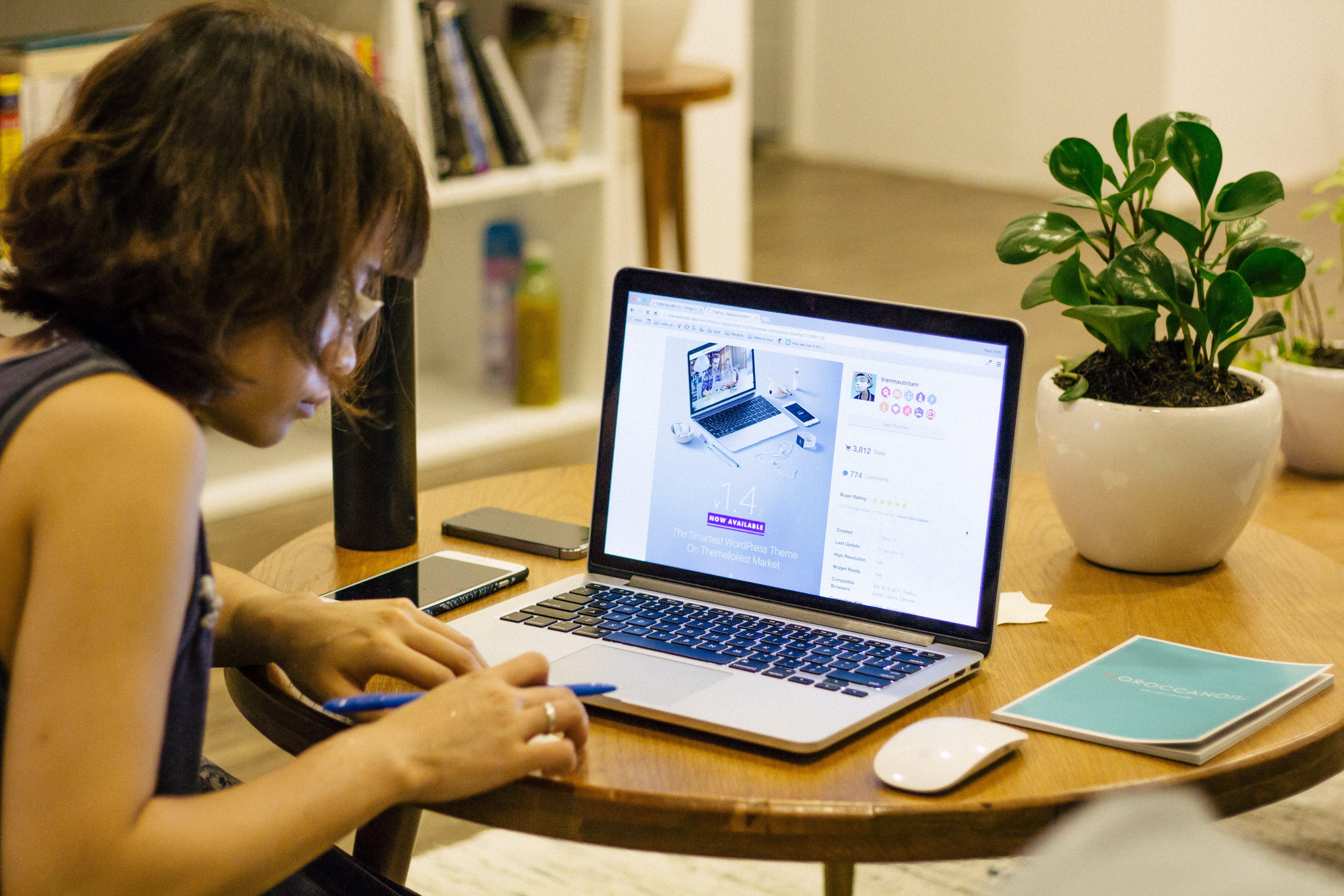 birou, decor, fată