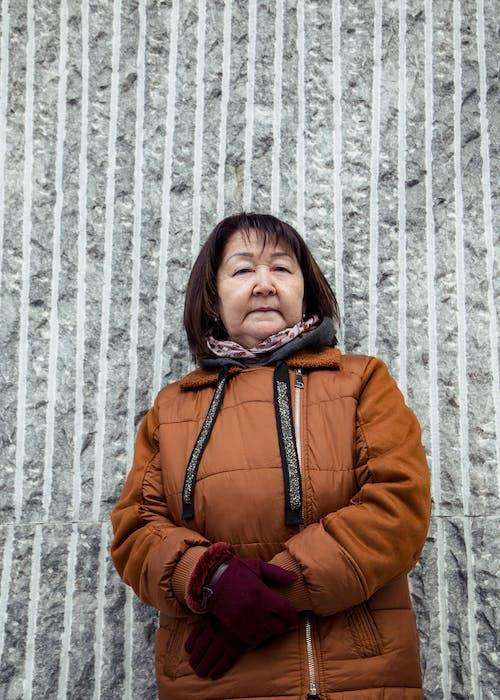 Kostenloses Stock Foto zu allein, alt, asiatische frau