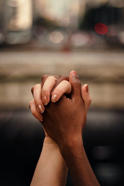 Fotos de stock gratuitas de afecto, al aire libre, alma gemela