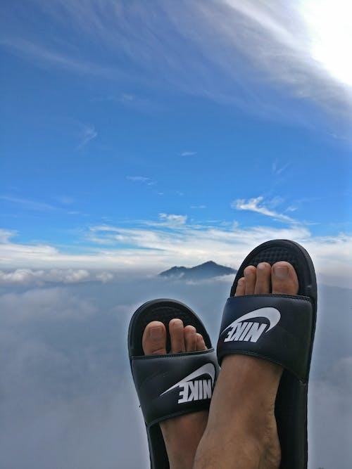 Immagine gratuita di #nike #benassi #sky #clouds # hills #mountain