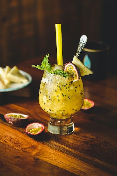 Foto profissional grátis de agradável, álcool, aperitivo