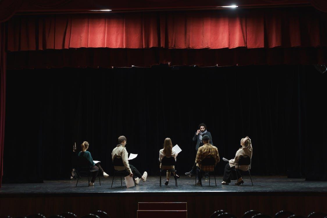 Kostenloses Stock Foto zu auditorium, aufführung, auftritt