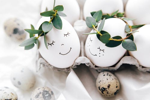 Cute Painted Eggs With Crown Of Leaves