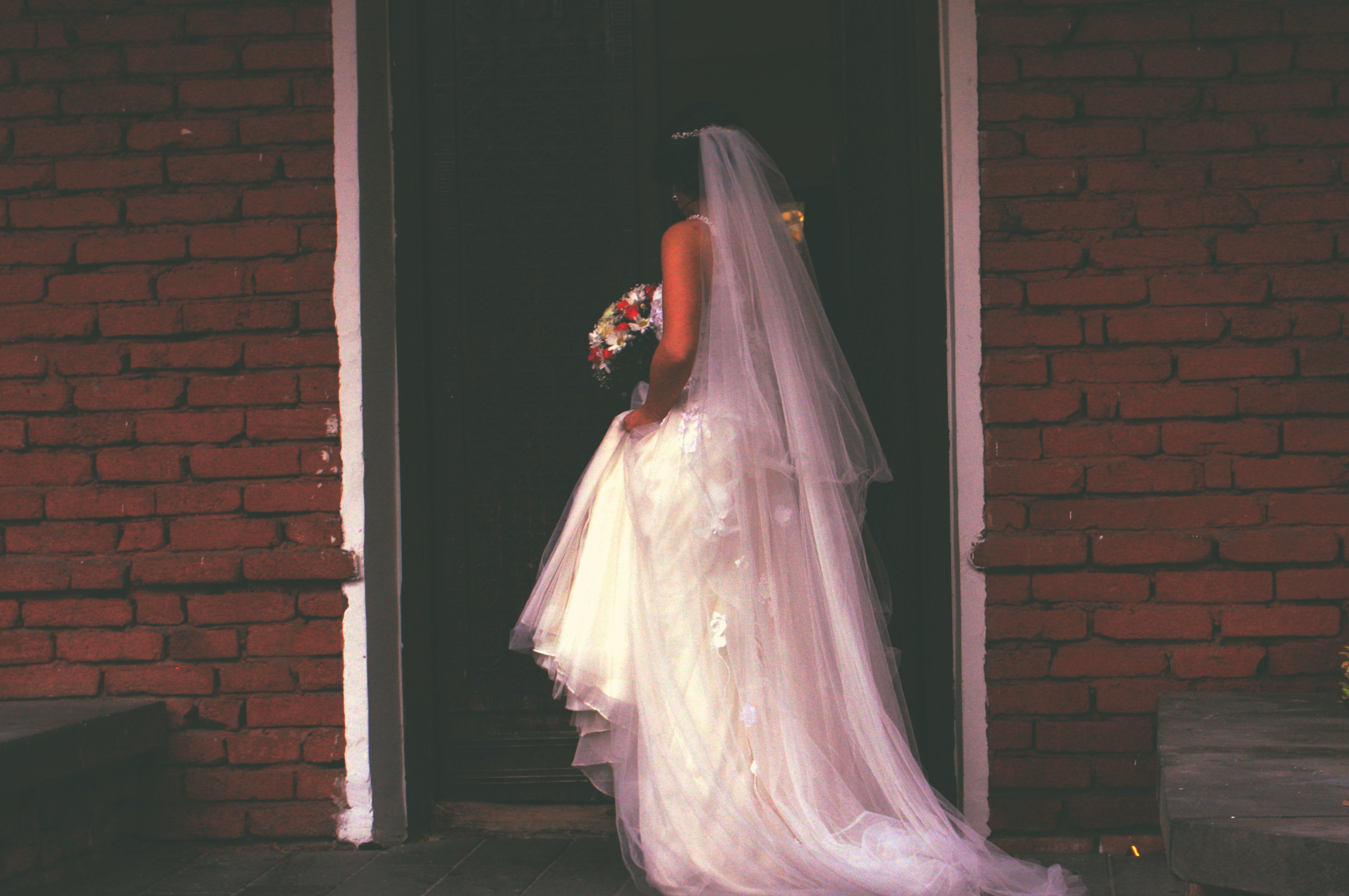 Free stock photo of cinematic, flowers, wedding, wedding dress
