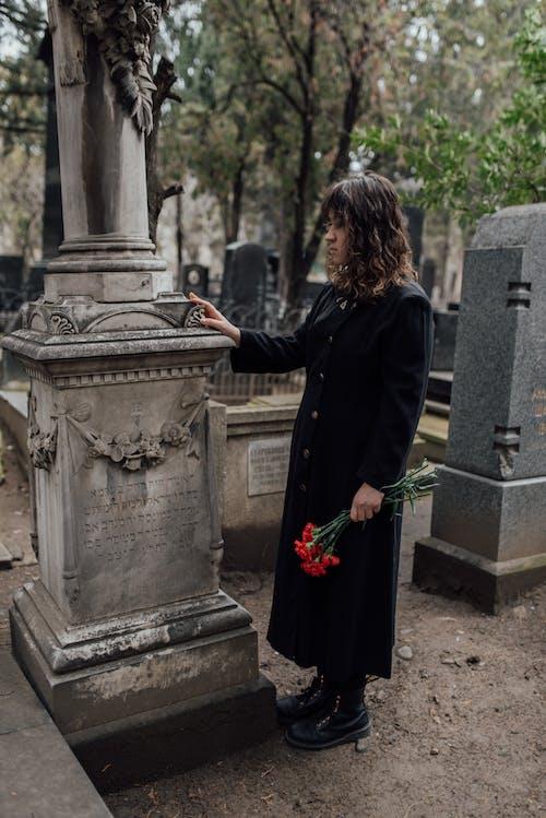 Gratis lagerfoto af ensom, huske, kirkegård