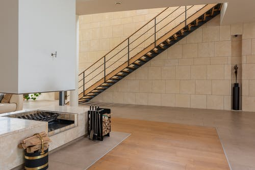 Contemporary flat with stairs and firewood