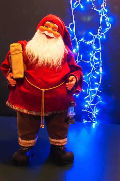 Gratis lagerfoto af år, blå, gammel mand, Glædelig jul