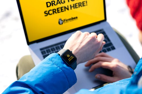 MacBook, 互聯網, 人 的 免費圖庫相片