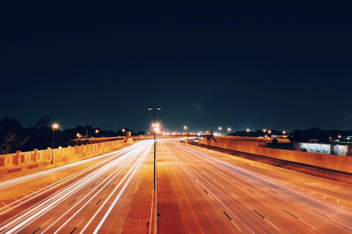 dálnice, dlouhá expozice, noc