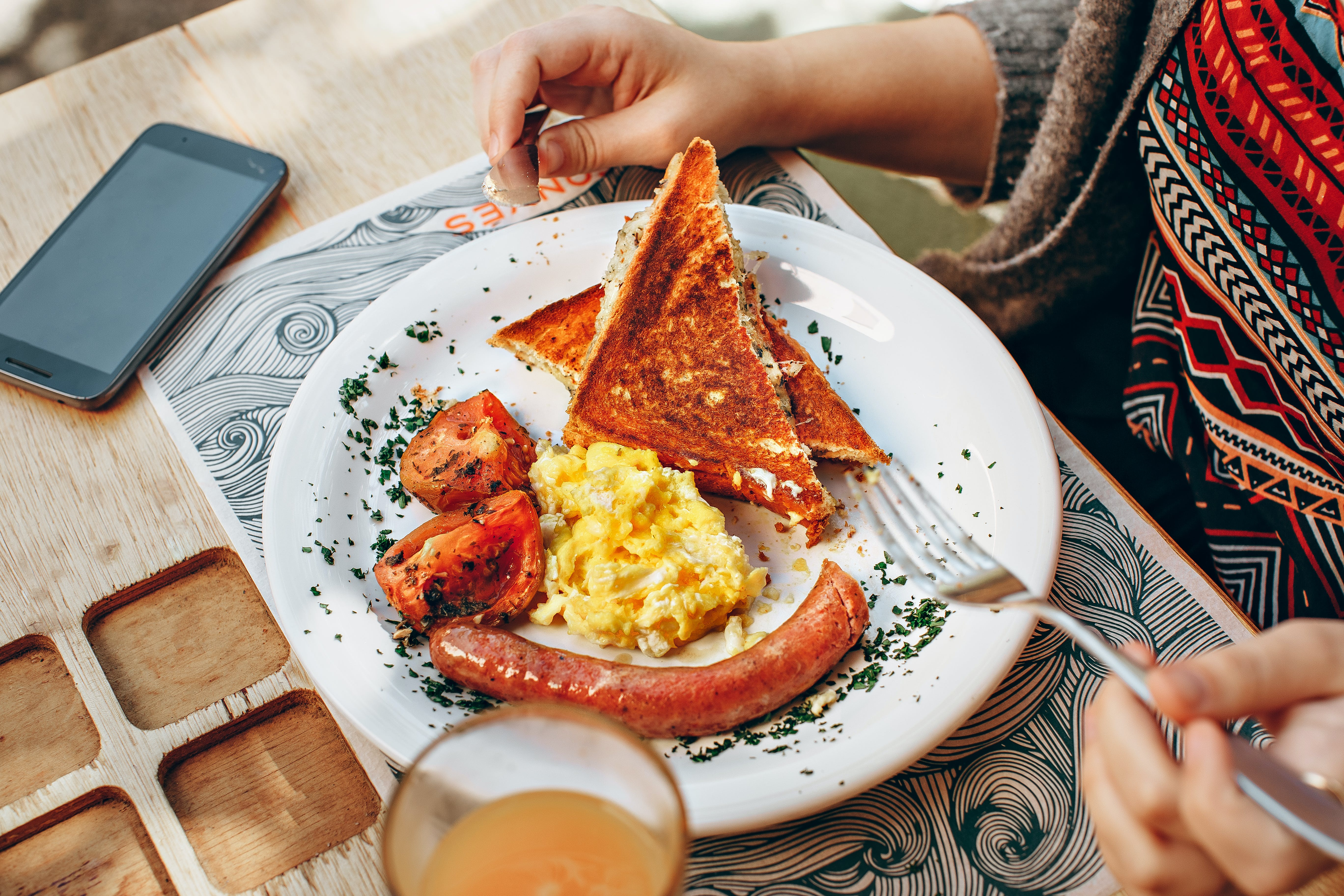 Toaster Bread, Scrambled Eggs, Grilled Tomato and Sausage