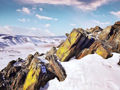 Foto d'estoc gratuïta de alt, altitud, aventura, caminada