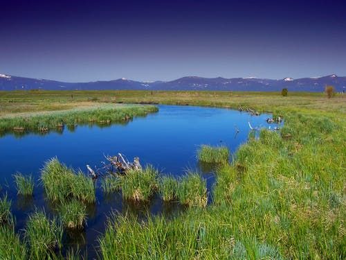 Základová fotografie zdarma na téma hory, krajina, mokřina, pohoří