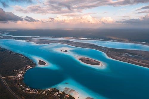 Foto profissional grátis de água, ao ar livre, azul
