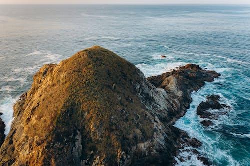 Fotobanka sbezplatnými fotkami na tému burácanie vln, exteriéry, letecký pohľad