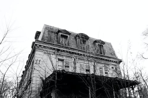Immagine gratuita di bianco e nero, casa, casa abbandonata